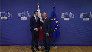 Morawiecki e Juncker a Bruxelles