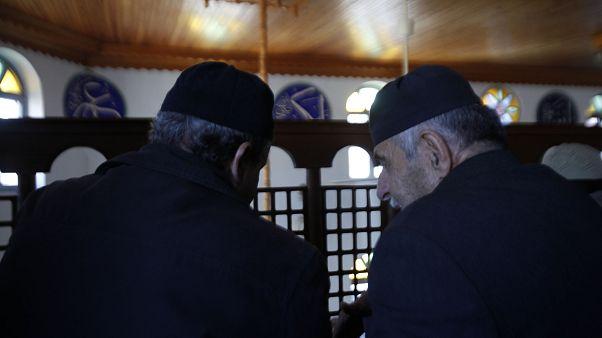 «Λιγότερη» σαρία για τη μουσουλμανική μειονότητα