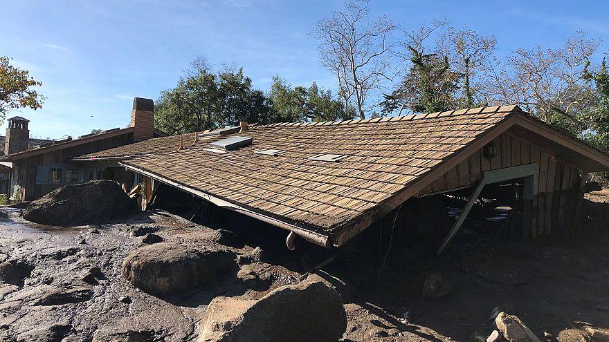 Aumentan a 17 los muertos tras las riadas en California