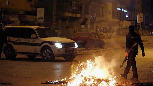 Τυνησία: Σοβαρά επεισόδια - Εκατοντάδες συλλήψεις