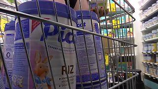 Lactalis : faute des hypermarchés, un tournant dans le scandale