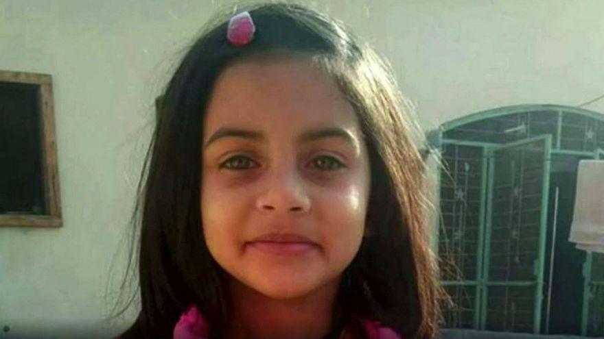 مقتل طفلة بعد اغتصابها في باكستان
