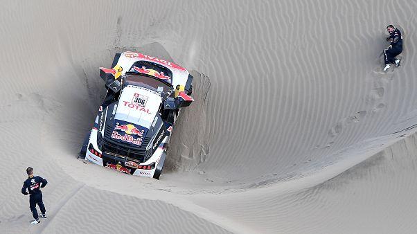 Dakar finita per Loeb, mentre Peterhansel vola
