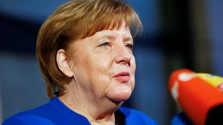 Γερμανία: Μεγάλα εμπόδια στις συνομιλίες βλέπουν Μέρκελ και Σουλτς