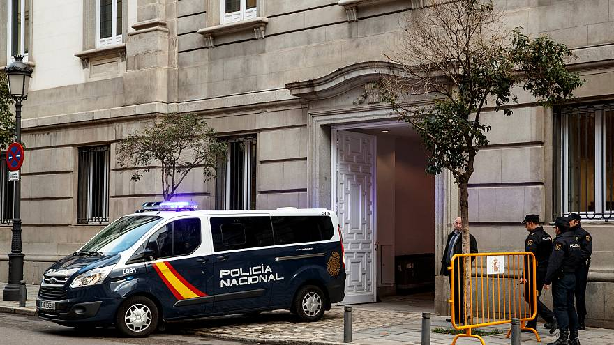 Catalogne : des figures de l'indépendantisme bientôt libérées?