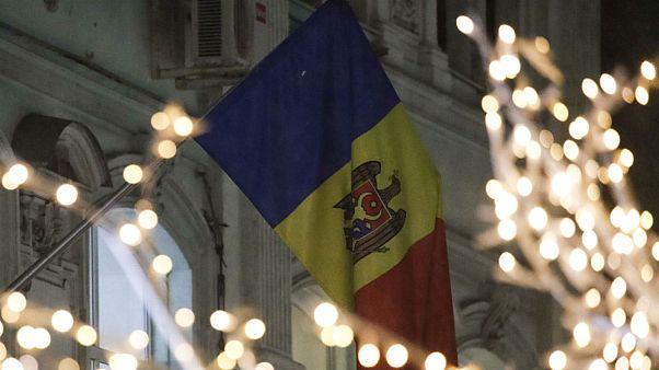 Moldova moves to ban Russian 'propaganda' broadcasts