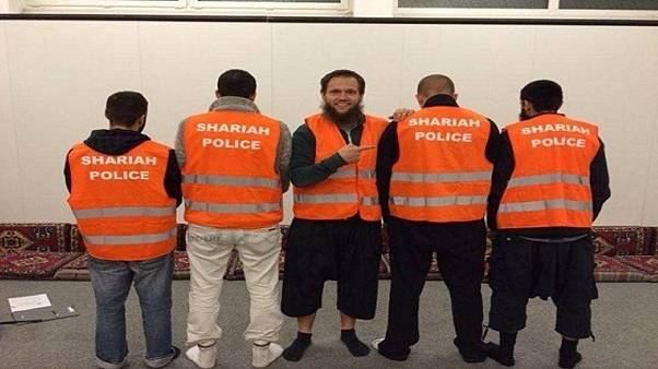 """عدد من أفراد """"شرطة الشريعة"""" في ألمانيا"""