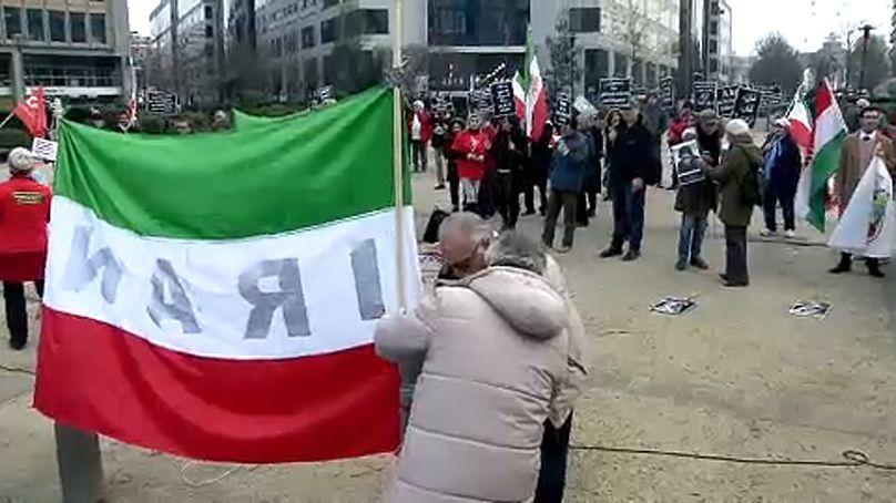 Manifestazione a Bruxelles davanti alla Commissione europea