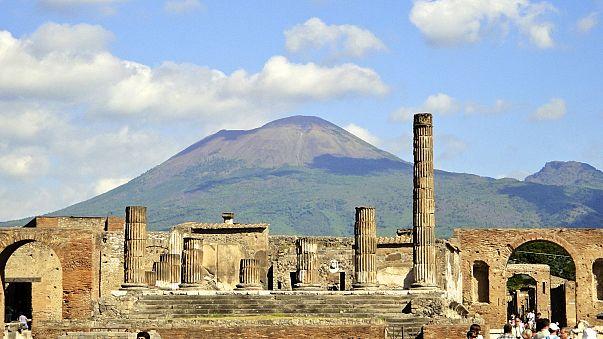 Акт вандализма в Помпеях