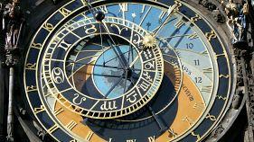 Prague Orloj goes back in time