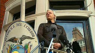 Assange seguirá encerrado en la embajada de Ecuador en Londres