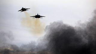 مقاتلة عسكرية إماراتية تخترق المجال الجوي القطري