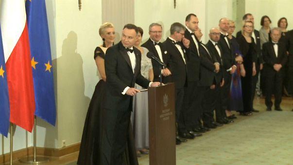 """La Pologne critique encore l'Europe, responsable de """"la désillusion"""""""