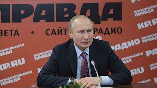 Wladimir Putin bei einem Treffen mit russischen Zeitungen und Agenturen.
