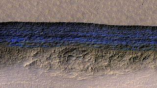 La NASA fotografa giganteschi depositi di ghiaccio su Marte