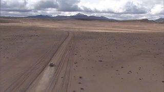Peterhansel jól halad 14. Dakar-győzelme felé