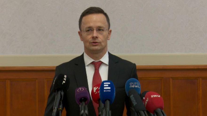 Bocsánatkérést vár Romániától a magyar kormány