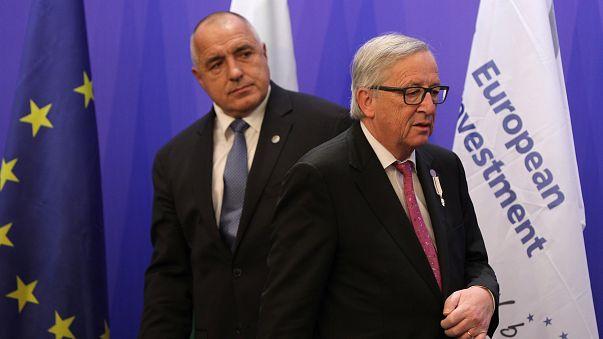 Il premier bulgaro Borissov e il presidente della Commissione Juncker