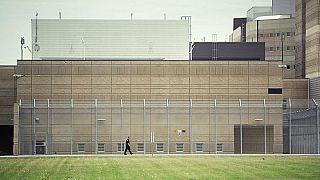 Cómo pasé 48 horas en un centro de retención de inmigrantes de Francia