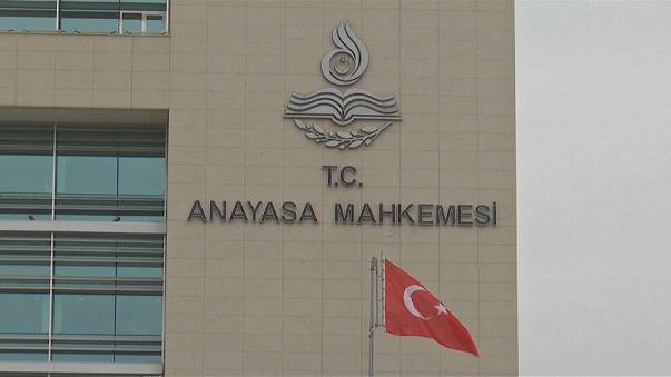 Bozdağ'dan Anayasa Mahkemesi'ne eleştiri