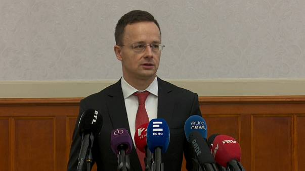Hungria exige pedido de desculpas do primeiro-ministro romeno