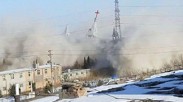 السلطات الصينية تهدم كنيسة في الصين