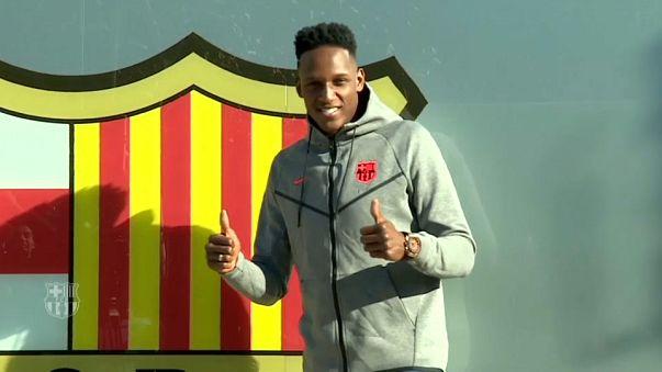Calcio: il colombiano Yerry Mina ceduto al Barcellona per 11,8 mln