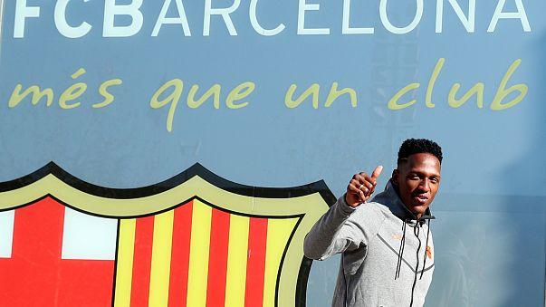 Barcelona apresenta Yerry Mina como reforço até 2023