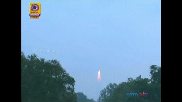 India, in orbita il centesimo satellite