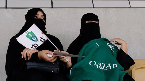 Saudische Frauen erstmal bei einem Fußballspiel