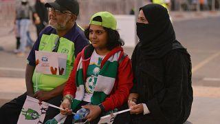 Arabia Saudí permitirá a las mujeres asistir a partidos de fútbol