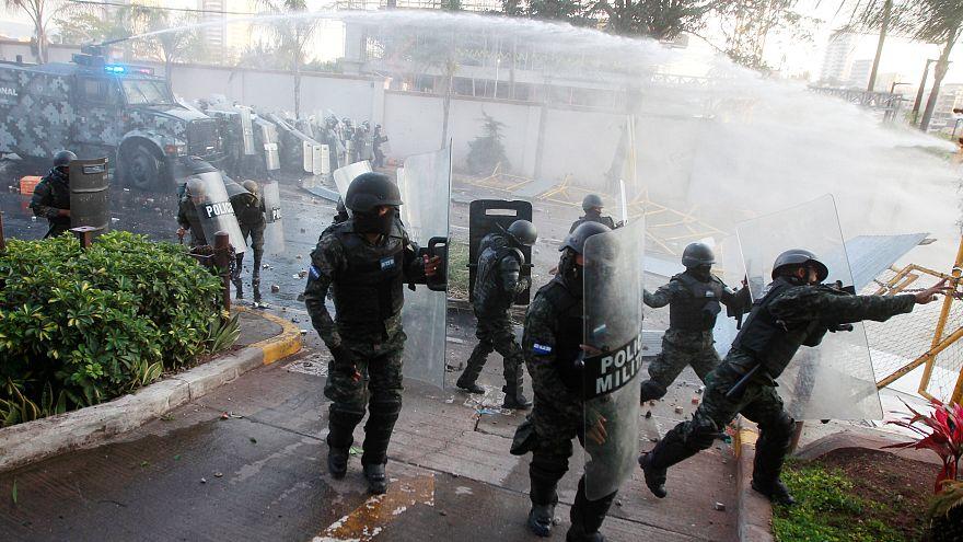 Hondurans protest against 'fraudulent' election