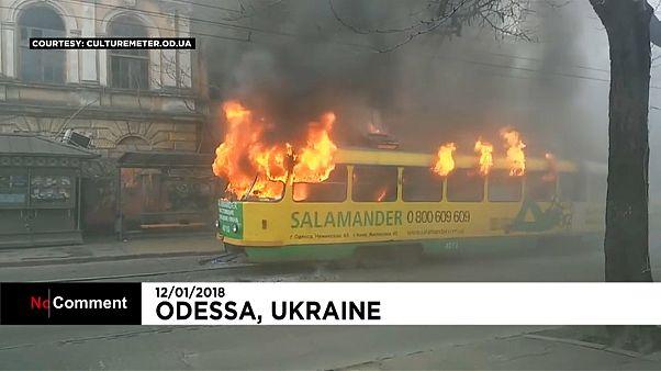 Incêndio num elétrico em Odessa