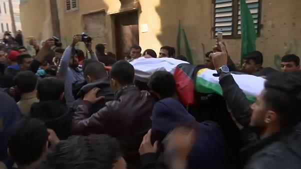 'Shot dead by Egyptian navy': Gaza fisherman buried