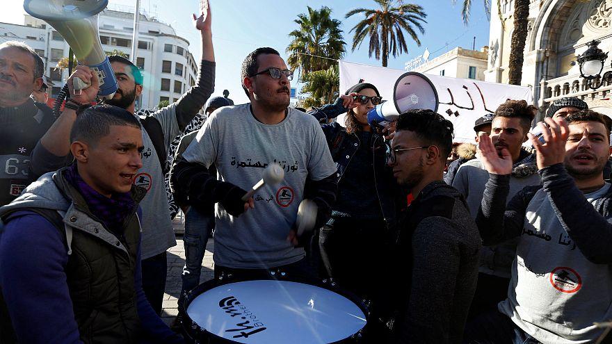 Tunus'ta yeni sosyal yardım paketi