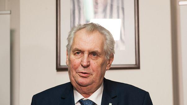 Presidenziali in Repubblica Ceca, ballottaggio Zeman-Drahos