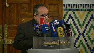 Szegények támogatásával a tüntetések ellen Tunéziában