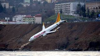Türkei: Boeing 737 kommt von der Landebahn ab
