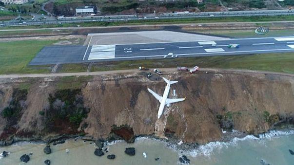 Turkey: Plane skids off runway landing metres from sea