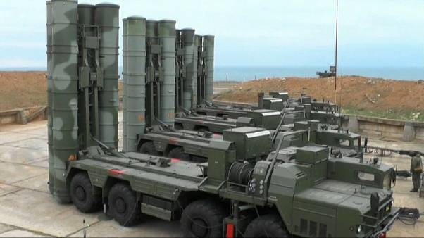 Rusia despliega más misiles en Crimea