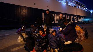 Σάμος: Στο επίκεντρο της προσφυγικής κρίσης - Αλληλεγγύη και κόπωση