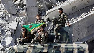 """التحالف الدولي: قوة من 30 ألف عنصر ستنتشر على الحدود التي تخضع لسيطرة """"قسد""""..وأنقرة غاضبة"""