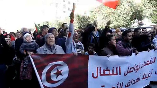 Évforduló és nyugtalanság Tunéziában