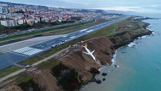 Turquie : un avion rate son atterrissage