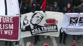 Petizione per bandire Trump da Davos