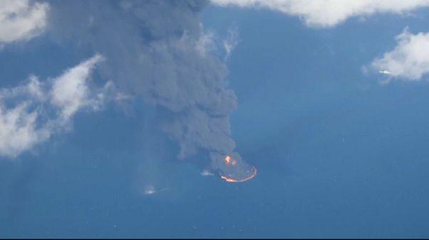 Tragedia en el mar de China Oriental al hundirse el petrolero iraní Sanchi
