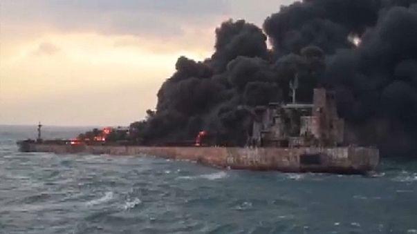 Petroleiro iraniano Sanchi afundou-se ao largo de Xangai