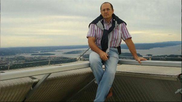 İnsan hakları aktivisti Oyub Titiev'in ailesi Çeçenistan'dan kaçtı