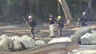 Rettungshelfer bei der Arbeit