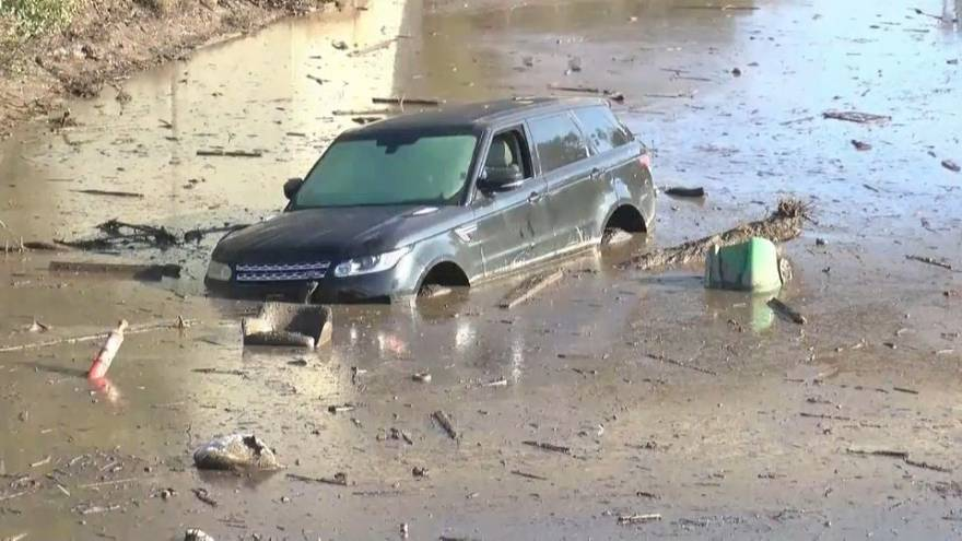 Se eleva a 20 los muertos en California por las intensas riadas